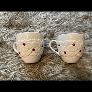 2004 Starbucks Holiday 16oz mugs holly berries